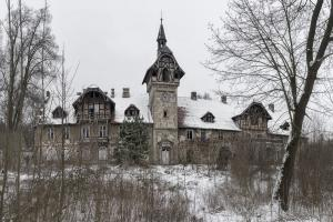 Pałac w Osnej 2017-01-20 panorama1