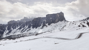 Dolomity, Passo Giau 2018-05-03 panorama6a