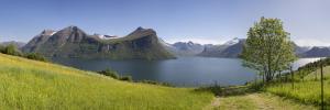 Norwegia, Romsdalsfjord 2016-06-06 panorama2