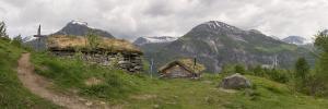 Norwegia, Geirangerfjord, Homlungsaetr  2016-06-07 panorama