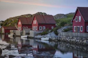 Norwegia, wyspa Midbrodoya 20180609 42